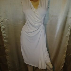 Dresses & Skirts - Very pretty dress